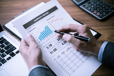 Laporan Keuangan (Pengertian, Tujuan, Karakteristik, Sifat, Keterbatasan dan Pengguna)