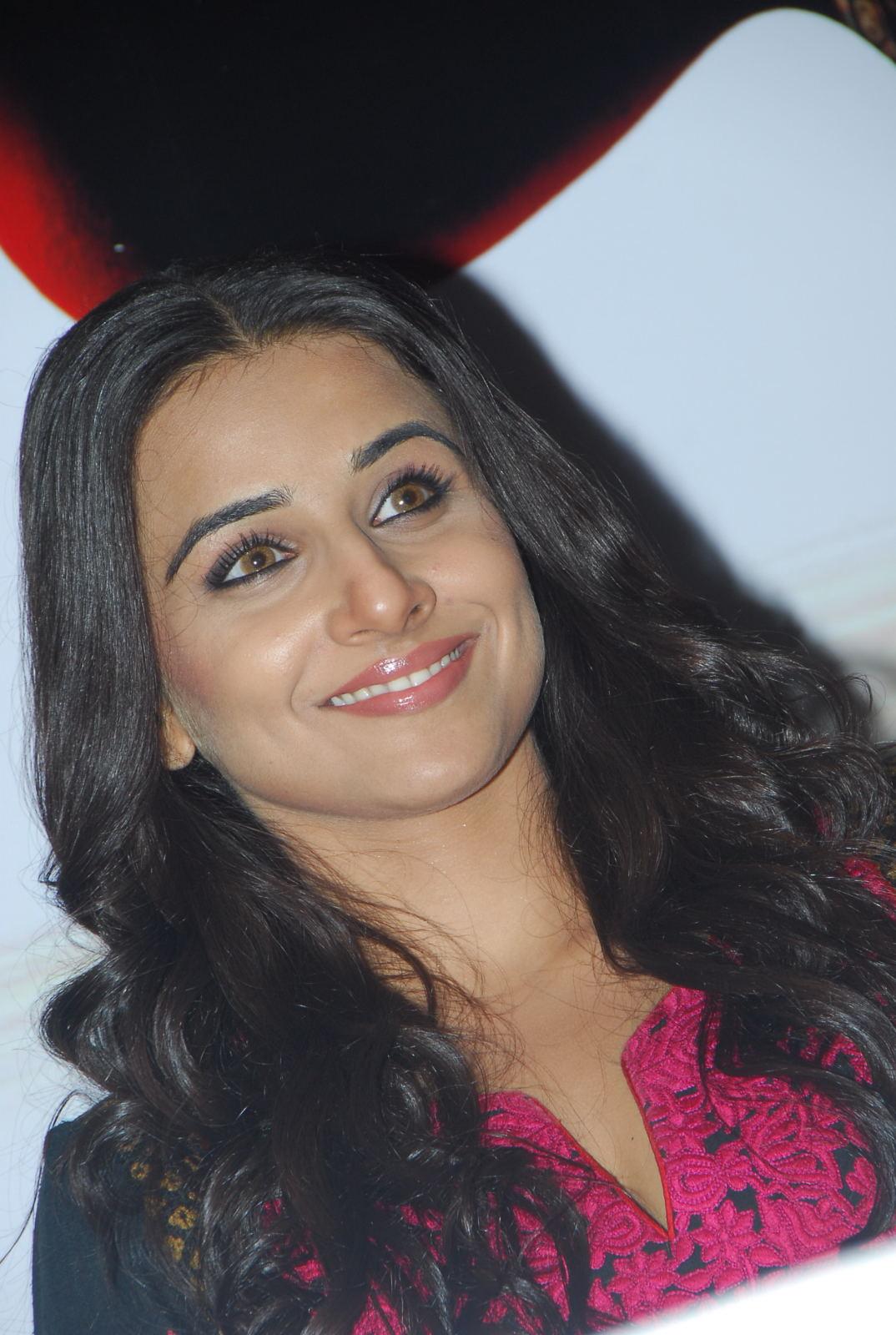 Vidya Balan Hot Pics  Heart Of Bollywood-9735
