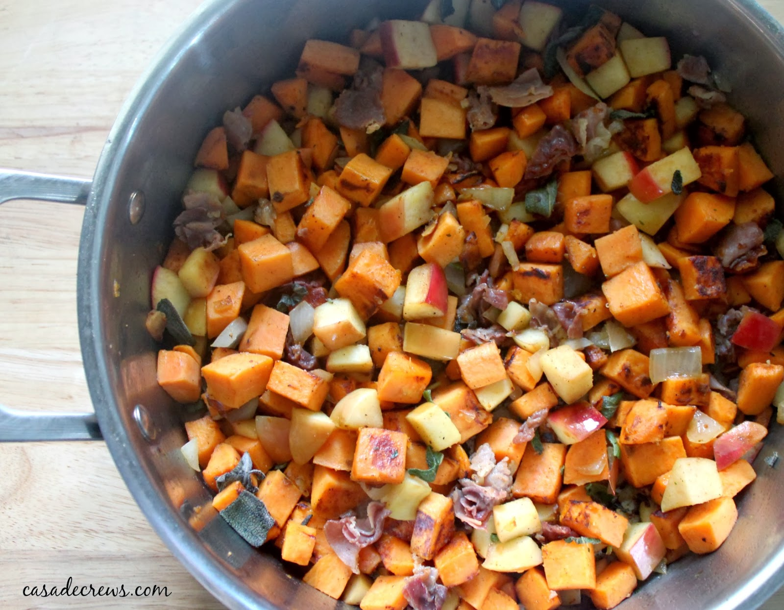 Sweet Potato, Apple and Bacon Hash {recipe}