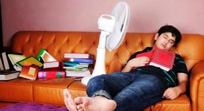 Mengerikan! Tidur Menggunakan Kipas Angin Ternyata Sangat Berbahaya
