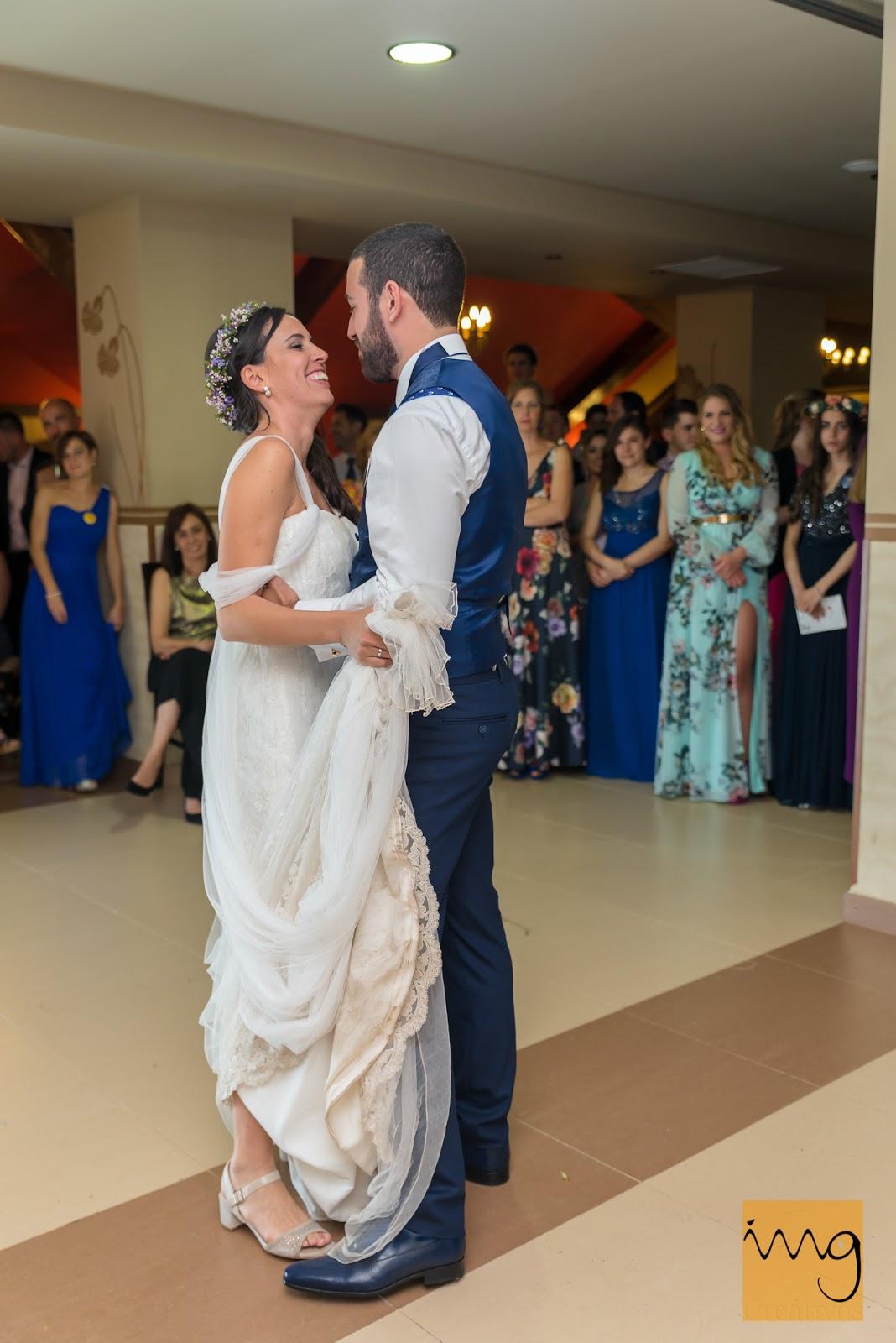 Fotografía de boda en el baile nupcial