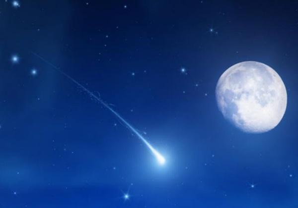 Abril tem Superlua e chuva de estrelas de meteoros Líridas