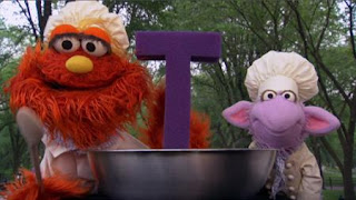 Murray and Ovejita Alphabet Cookoff letter T, Sesame Street Episode 4402 Don't Get Pushy season 44