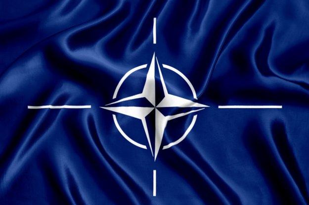 Το ΝΑΤΟ καταγγέλλει την παρουσία της Ρωσίας στην Κριμαία