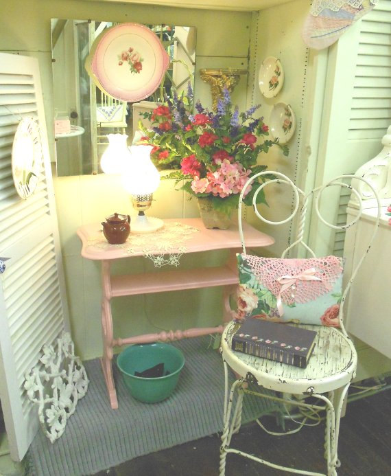 * Lilly Queen Vintage : Handpainted Shabby Chic Furniture: