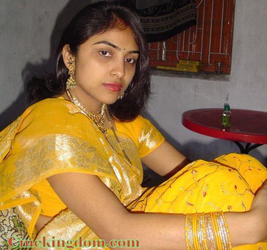 Marathi Aunty Sexy Image