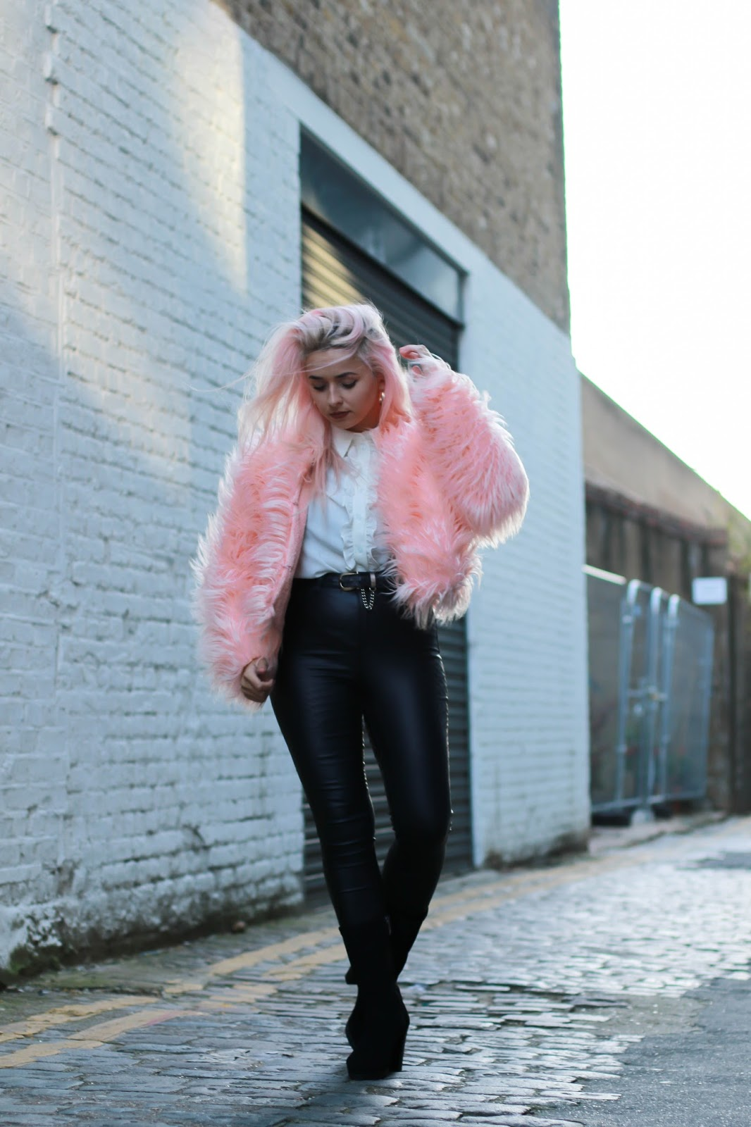 STYLING FAUX FUR JACKETS