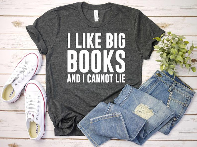 I Like Big Books Women's T-Shirt