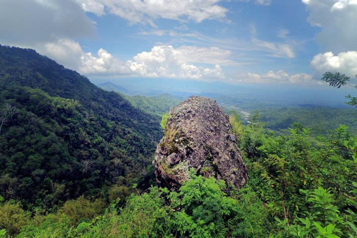 Lokasi Hunting Foto Landscape Gunung Kukusan Yogyakarta