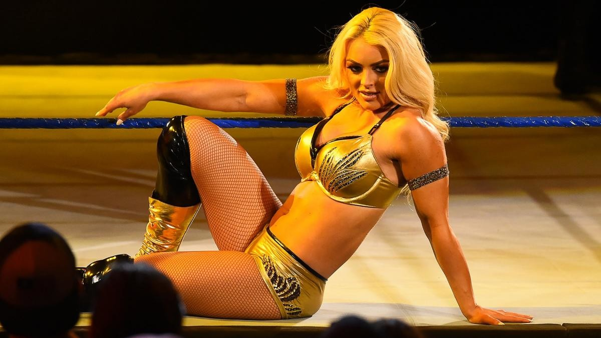 Mandy Rose faz aparição no WWE NXT
