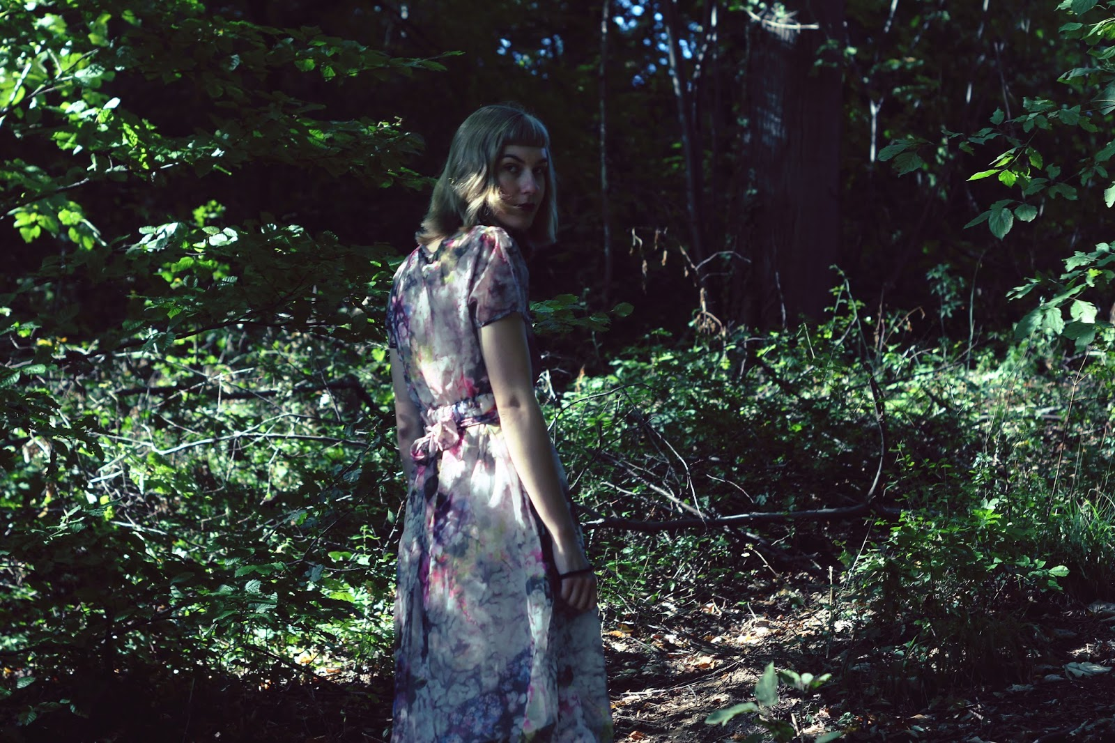 filipa canic, filipa canic blog, youarethepoet, you are the poet blog, rosegal, floral dress, forest