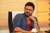 Venkatesh stylish photos gallery-thumbnail-10