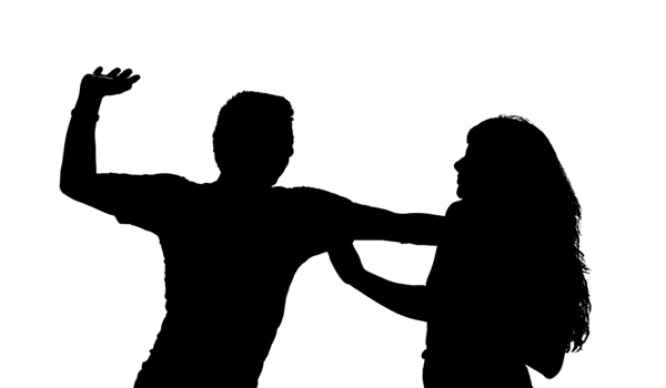 Kuwaiti woman catches her husband red-handed sleeping with her friend, Kuwait, News, Molestation, Crime, Criminal Case, Complaint, Police, Case, Gulf, World