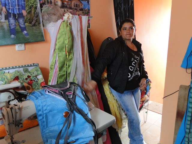 Con ayuda pública, una madre cabeza de hogar es ejemplo de emprendimiento social en Madrid