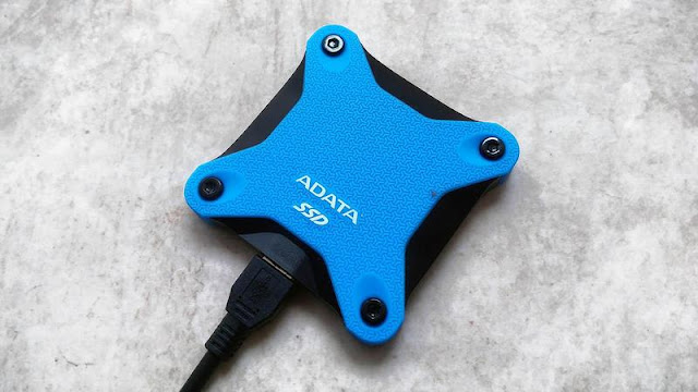1. Adata SD600Q