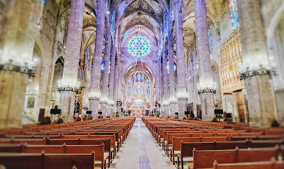 Catedral de Santa María en Palma de Mallorca con un importante valor histórico