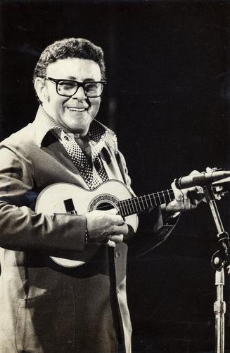 WALDIR AZEVEDO - (1923 - 1980) CHOROS