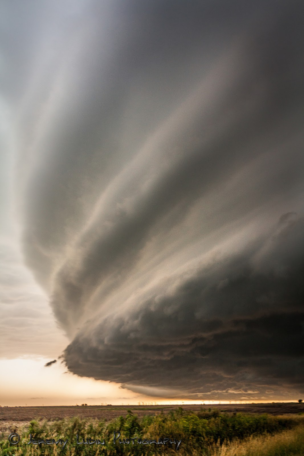 tornado supercell diagram one to many relationship er scary and amazing structure of thunderstorm