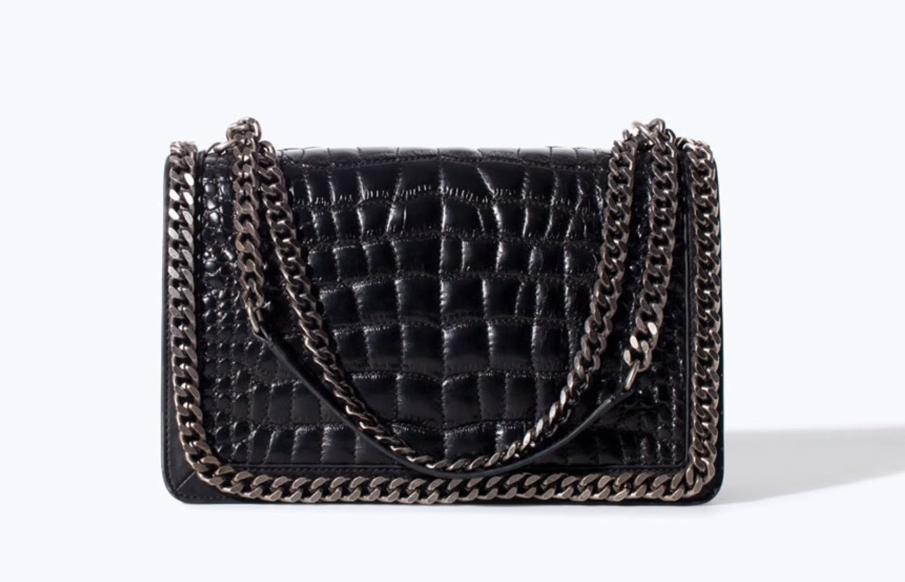 00188ede08ce This Zara bag is made from a crocodile pattern leather, (Zara leather is  always great quality) and the chain detailing and chain handle again have  that ...