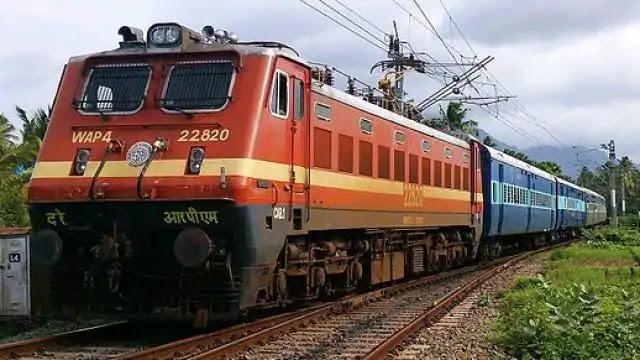 फिर से पटरी पर दौडे़ंगी ये 31 जोड़ी मेल और एक्सप्रेस ट्रेनें, यहां देखें ट्रेनों की Full List