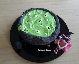 Bulles de Plume - Gâteau chaudron de sorcière (recette)