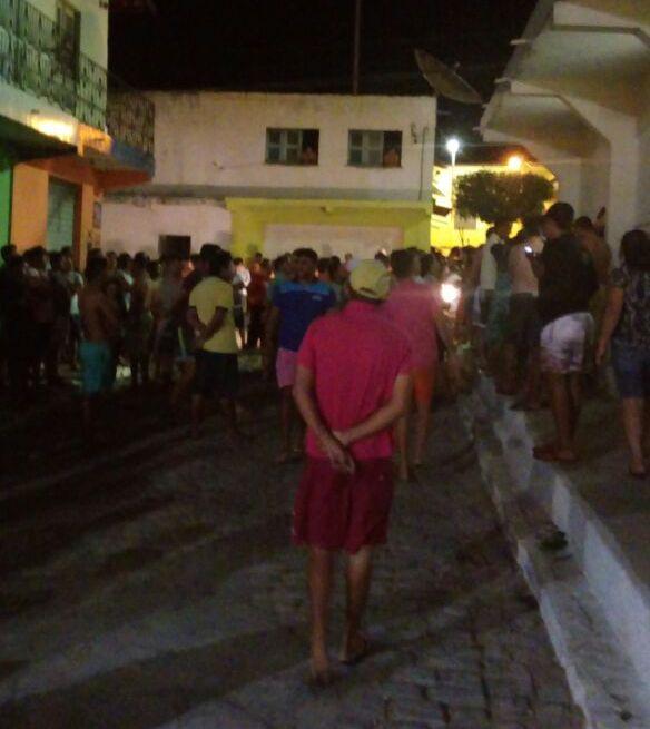 NESTA MADRUGADA: Agência dos Correios é atacada em Ibicuitinga