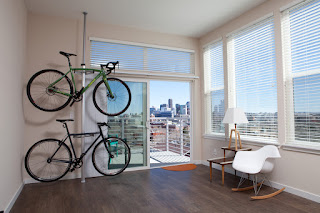 2 bike apartment rack