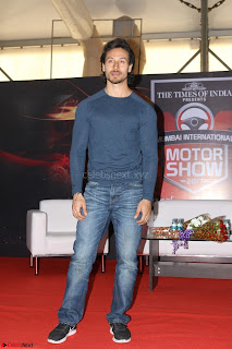 Tiger Shroff Launches Mumbai International Motor Show 2017 017.JPG