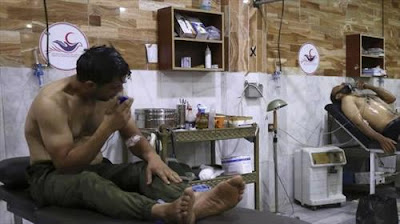 حالات اختناق إثر هجوم للنظام السوري بغاز سام في دمشق