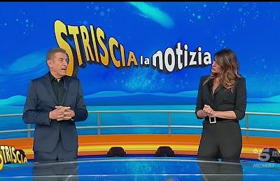 Elisa Isoardi Ezio Greggio striscia la notizia 21 gennaio 2021