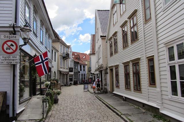 Noorwegen witte huisjes in Bergen