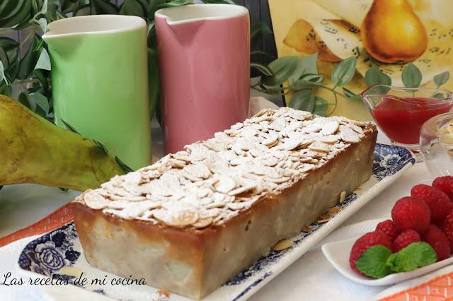 Tarta de pera con coulis de frambuesas (VIDIORECETA)