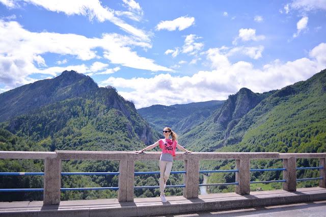 Что посмотреть в Черногории. Мост Джурджевича каньон тара