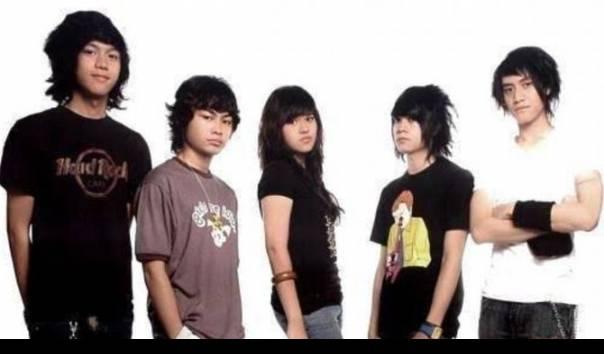 Andante, band Vierra dengan Raisa sebagai vokalis