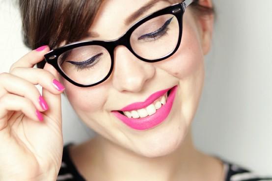 6a65be4f2c82d Coisitas e Coisinhas  Tendência  armação de gatinho para óculos de grau