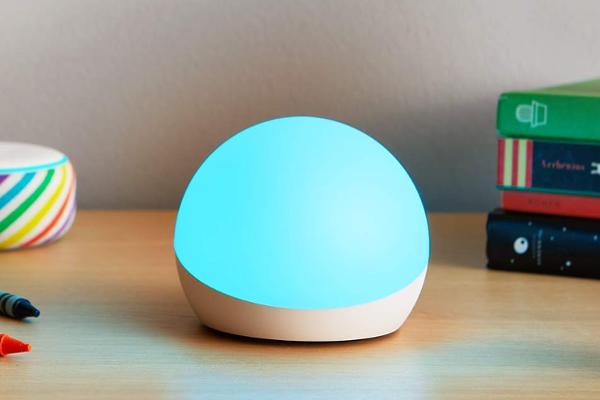 Amazon reveals Echo Glow smart lamp