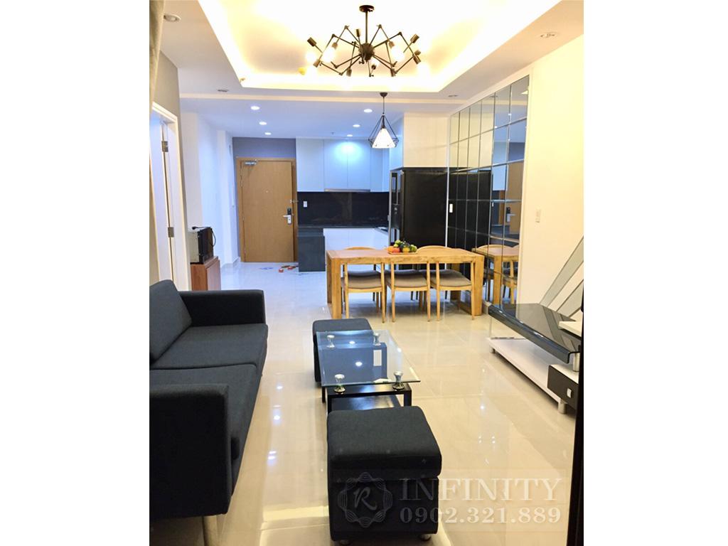 Bán căn hộ Everrich Quận 5 nội thất bao đẹp diện tích 80m2 - phòng khách vào bếp