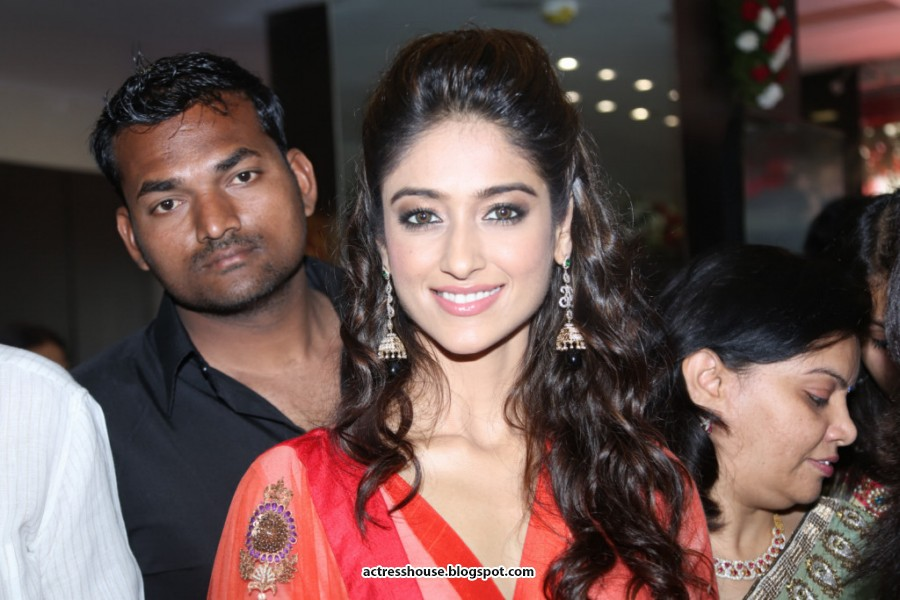 Ileana cute exclusive stills