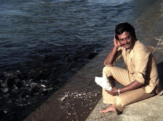 Rajinikanth photo  near the river.