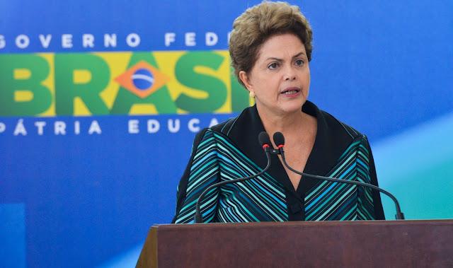 Por 60 votos favoráveis e 21 contrários, senadores decidiram pelo afastamento definitivo da presidenta Dima Rousseff no início da tarde desta quarta-feira (31). Parlamentares definem, em seguida, se a petista mantém o direito de ocupar cargos públicos nos próximos anos.