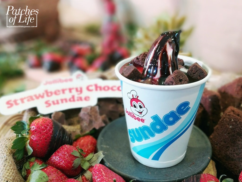 Jollibee: Strawberry Choco Sundae! - Patches Of Life