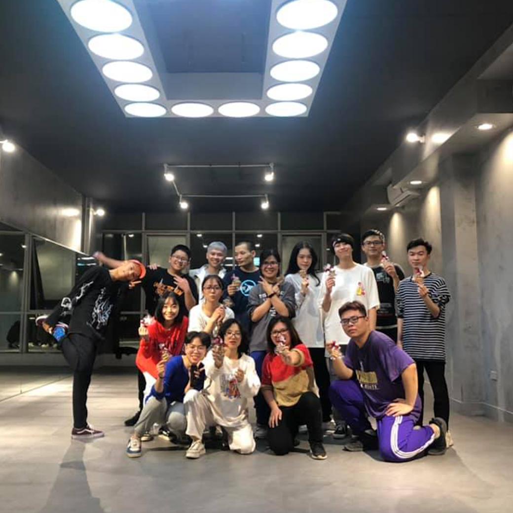 [A120] Đăng kí khóa học nhảy HipHop tại Hà Nội giá rẻ, uy tín