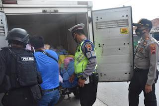 Petugas gabungan Lakukan Razia di Kantong-kantong Kelompok Intoleran di Solo