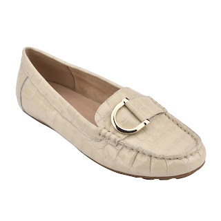 https://easyspirit.com/collections/weekend-sale/products/mink-flat-slip-on-loafer-in-ivory-croco-embossed-patent
