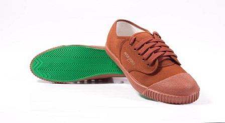Informasi harga terbaru sepatu sepak takraw berbagai merk dipasaran