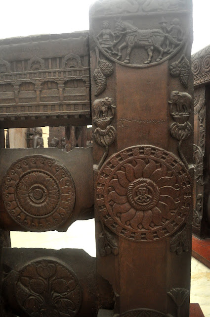 Lotus medallion, Bharhut Stupa, Indian Museum, Kolkata