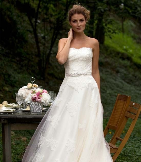 Wedding Gowns Online Uk: Bridal Dresses UK: 6 Wedding Gowns Which Are Greatly
