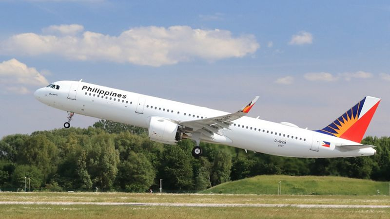 PAL A321neo departing