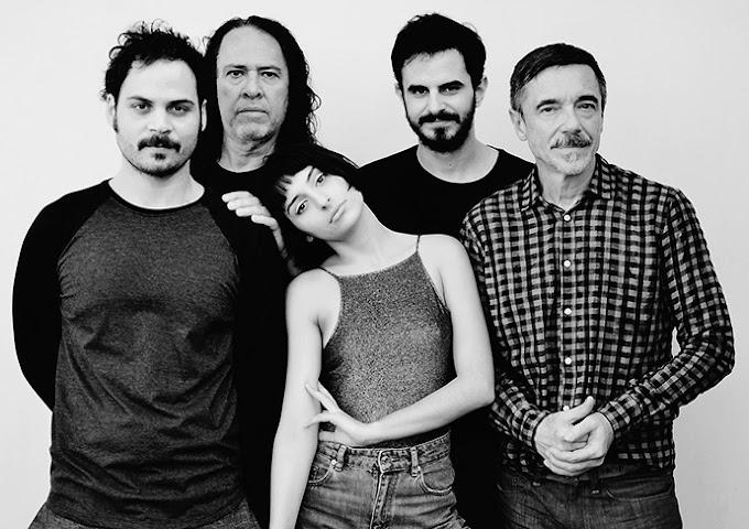 Banda formada por Charles Gavin lança releituras de Secos & Molhados no final de agosto