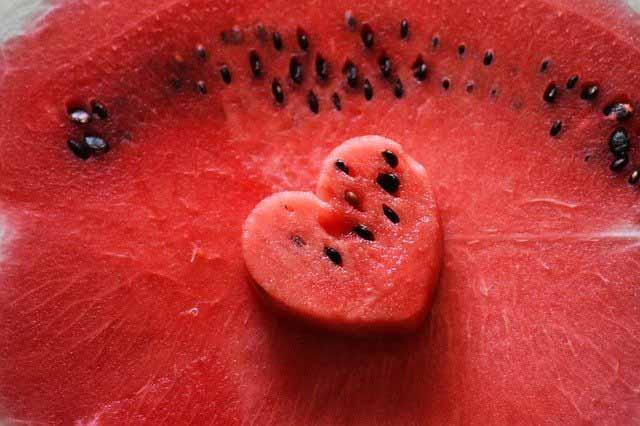 فوائد البطيخ صحية مذهلة للطفل